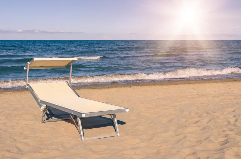 mobilheime am meer italien camping am meer in italien. Black Bedroom Furniture Sets. Home Design Ideas